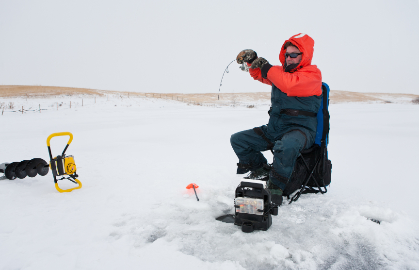 Ice fishing setup guide blain 39 s farm fleet blog for Fleet farm ice fishing