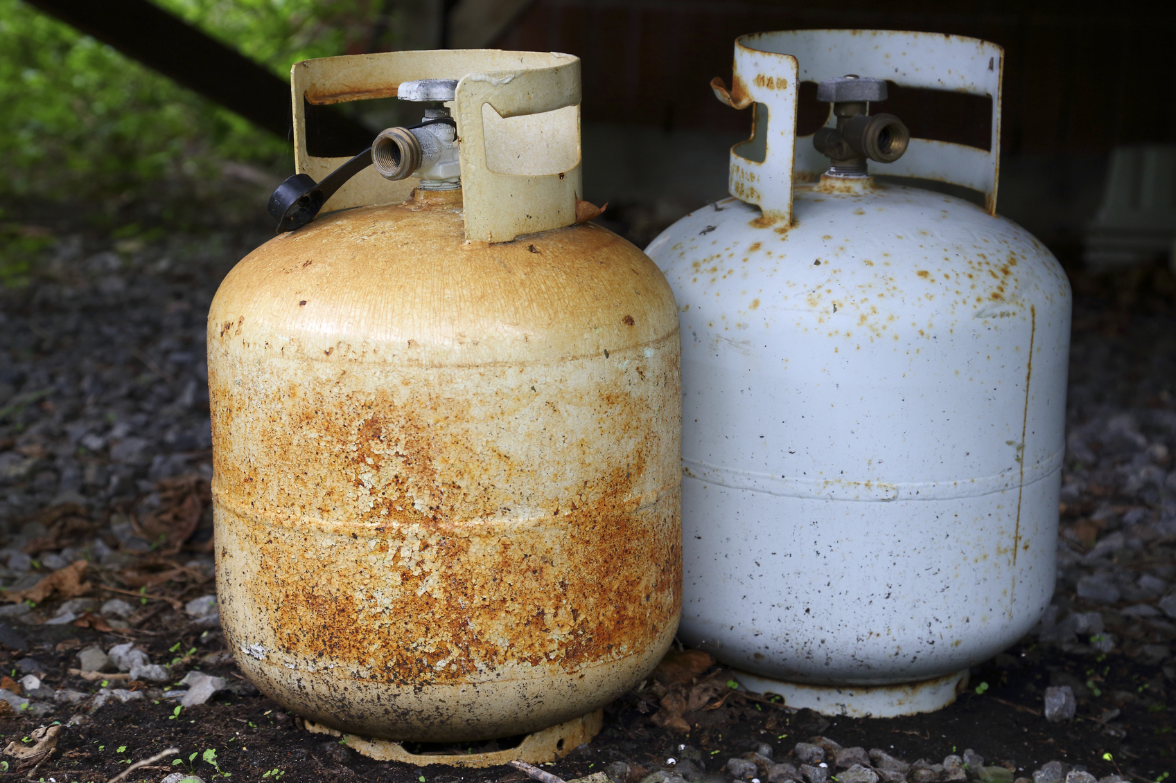 How to Dispose of Propane Tanks pictures